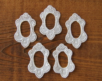 Lot of 5 embroidered personalize lace tag frames - i.e. to decorate buttonholes wedding frame lace personalize label tag photo frame mark