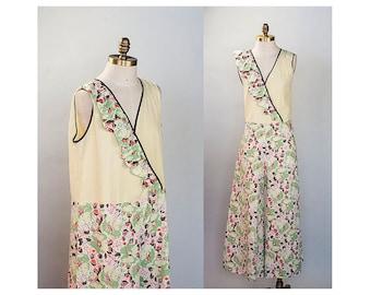 1930s Cotton Beach Pajamas Jumpsuit with Novelty Fig Print // Size Medium Large