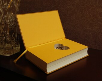 Hollow Book Safe with Heart (Pride and Prejudice)
