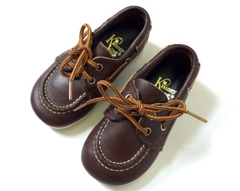 Vintage 1970s Childs 4 Shoes / 70s Kinney Brown Leather Loafers Boat Shoes
