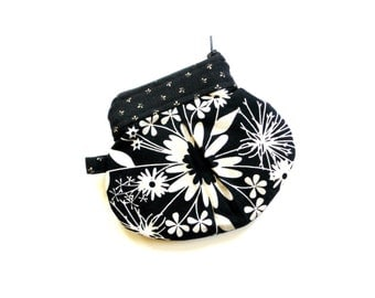 Coin purse, small zipper pouch, black and white, change, coin keeper small clutch bag, change purse, small wallet, money holder