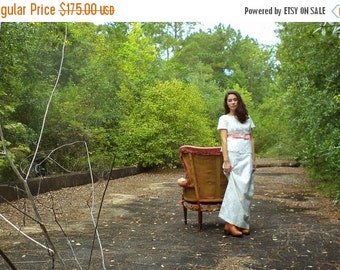 Vintage 1970s Wedding Dress 70s Long Length Fitted Lace Wedding Dress Size Small Medium