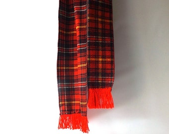 vintage 1970's scottish plaid scarf wrap men women fashion fall winter mid century retro fringe knit wide long red blue white yellow old