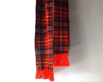 vintage 1970's scottish plaid scarf wrap men women fashion fall winter mid century retro fringe knit wide long red blue white yellow old