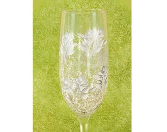 Set of 2 Hand-Painted Champagne Flutes - Silver and Ivory White Roses,  FREE SHIPPING - 25th Wedding Anniversary Champagne Toast Glasses
