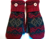 Sale Rich Reds - Recycled Wool Mittens lined with cozy fleece.  Ladies Medium.