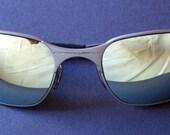 Vintage OAKLEY sunglasses.-