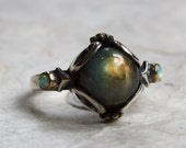 RESERVED to Carly - all silver - Labradorite Ring with 2 amethysts, unique ring for her, gypsy ring, hippie - Peace On Earth - R2216