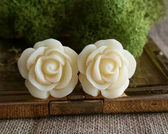 Wedding Gauges, Bridal Plugs, Flower Plugs, Cream Roses
