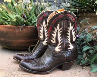 Vintage 40s leather western Pee Wee NOCONA boots / Vintage Nocona Texas handmade boots / Leather Inlay boots / approx mens size 9 9.5
