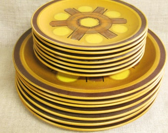 Vintage Mid-Century Dinnerware Set, Luna Roc International, Ceramic Dishes, Dinner Plate, Salad, Windmill, Dish, Pristine, Set for 7