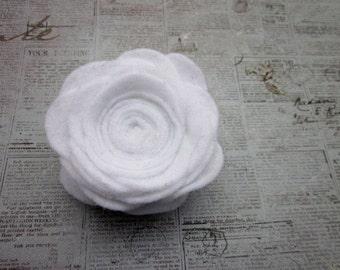Large White Flower Pin -- White Felt Flower -- Felt Flower Pin Accessory -- Large Felt Pin -- White Flower Brooch -- White Flower Pin