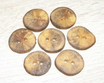 "7 Handmade  oak wood buttons, accessories ( 1,1"" diameter x 0,20"" thick)"