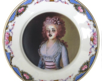 Zombie Contessa - Altered Vintage Plate 7.75""