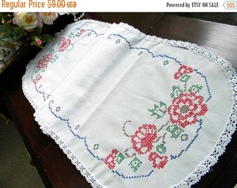 Embroidered Table Runner - Linen Cross Stitched Damaged 5202