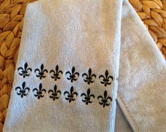 Fleur de Lis Rows - Fingertip Velour Bathroom Towel - JD Designs