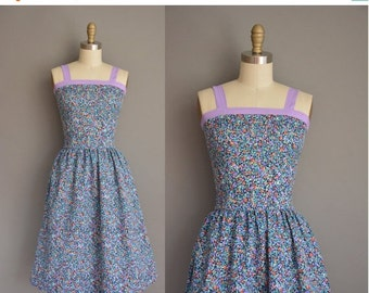 Anniversary SHOP SALE... vintage 1970s dress/70s dress floral dress / 1970s sun dress