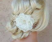 White or Ivory Bridal Fascinator, Wedding Head Piece, Bridal Hair Clip, Wedding Fascinator, Bridal Hairpiece, Floral Hair Clip, Wedding
