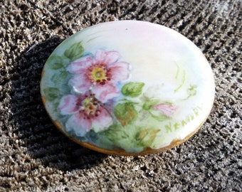 Gorgeous Handpainted Primrose Ceramic Brooch