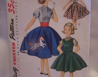 Vintage Girls Circle Skirt. Blouse & Jumper pattern 1950's