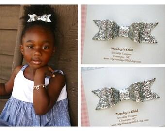 Silver Glitter Bow, Glitter Bows, Silver Glitter Hair Bow, Silver Hair Bow, Silver Bow, Toddler Bow, Toddler Hair Clip, Girls Hair Bow