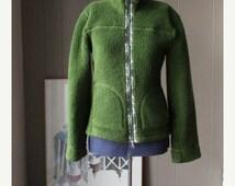 ON SALE Retro 90s Green Fleece Jacket Soft pile jacket Moss Green Small Medium Outdoor jacket camping hiking
