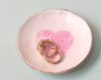 Wedding ring dish / trinket dish | Handmade clay | Stamped love heart | Pink heart