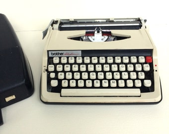 Brother Activator 800T Manual Portable Typewriter with Case