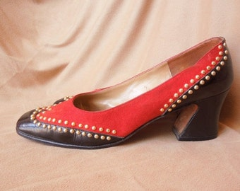 MOVING SALE Vintage 70's Spectator Pumps, Oxford StyleTwo Tone Brick Red and Black Patent, with Gold Studs, Size 8, Chunky Low Heels