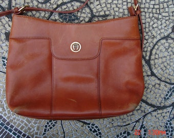 Vintage Etienne Aigner Rust Leather Shoulder Bag/Purse - Urban Chic