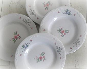 Vintage Pfaltzgraff Plates Meadow Lane Pattern Set of Four Salad Plates