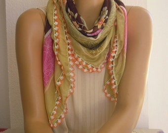 floral scarf with crochet trim, green