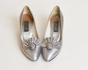 Vintage 70s 80s Silver Rhinestone Pumps / Low heel Shoes 7