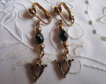 Vintage Emmons Clip On Earrings with Faux Black Onyx and Arrows