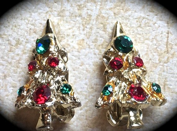 Christmas Tree Earrings- Tree Earrings- Vintage Christmas Tree Clip on Earrings- Gold Red Green Rhinestone Earrings-Vintage Holiday jewelry