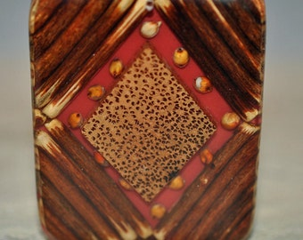 Bamboo and resin pendant, drilled, 52x62mm, #450