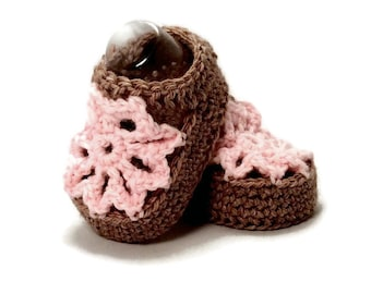 Knitted Flower Summer Sandals in Brown and Pink Merino Wool