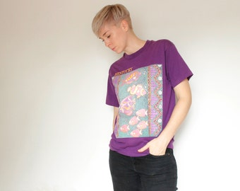 Vintage 80's Kentucky souvenir t-shirt, violet / purple, tropical fish print, large fade marks on the side - M