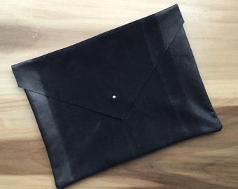 "Envelope Clutch-Black Leather ""Maggie"""
