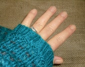 Knitted wrist warmers/knitted sleeves, no finger gloves, mittens