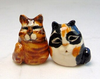 Tabby and Calico Cat Miniature Figurines - Terrarium Cat Figurines - Pottery Cats - Tabby Cat - Brown Striped - Cup Cake Topper - set of 2