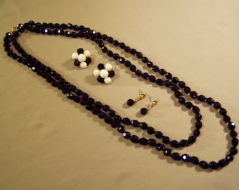 "Vintage Black Faceted Glass Bead 54"" Necklace & 2 Pairs Earrings  8747"