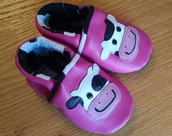 Pink baby girl cow shoes size 5 leather baby shoes 12- 18 month Mud Turtles And More