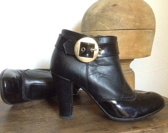 Italian 90s patent leather high heels low boots size 37