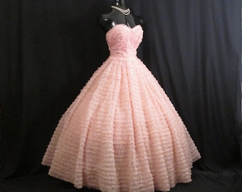 Vintage 1950s 50s Bombshell Strapless Pink Chiffon Organza Layered Tiered Party Prom Wedding Bridal Dress Gown
