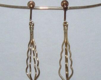 Vintage Cake Blender gold tone clip on Earrings from 1970s