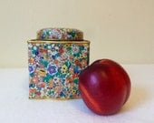 Vintage Tea Tin Floral Chintz Daher England English Garden