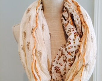 Sweet Cream Paisley Floral Cotton Scarf