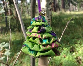 Primitive Lime Green Flower Power Yo-Yo Christmas Tree Ornament