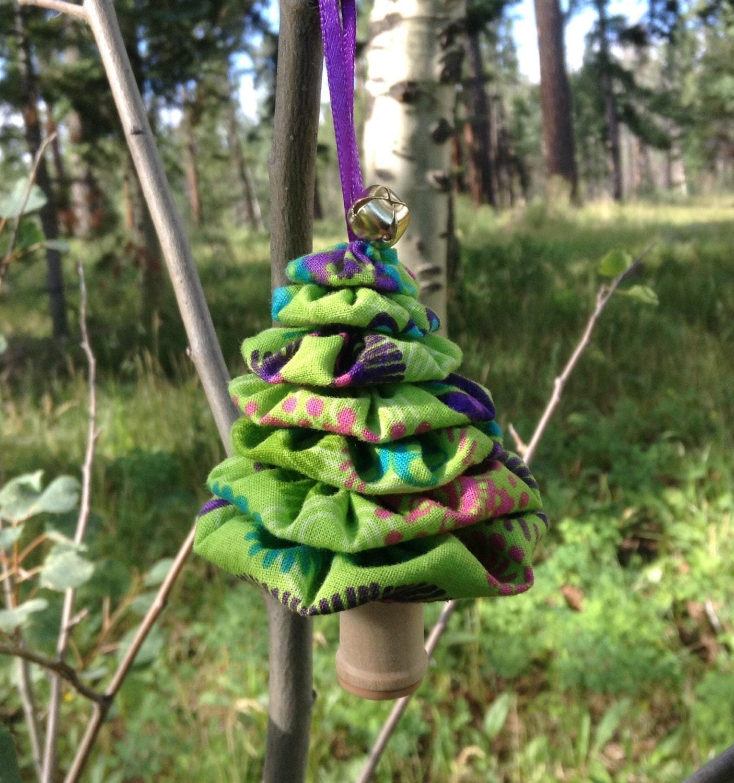 Christmas Tree Flower Power : Primitive lime green flower power yo christmas tree
